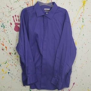 Van Heusen men's button-down dress shirt long